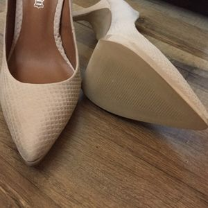 Aldo Shoes - ALDO Bone off-white pumps